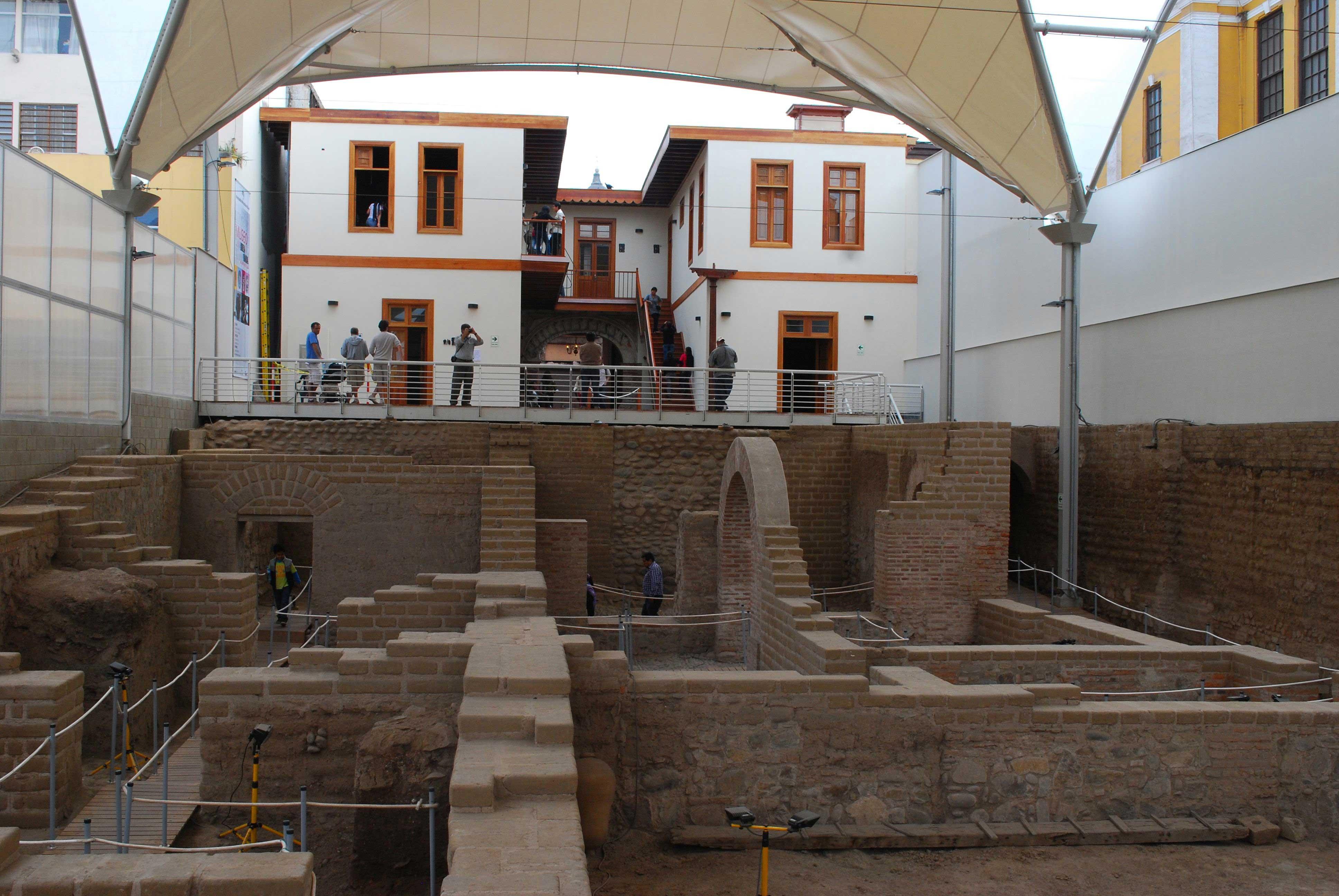 Museu Bodega y Quadra no centro de Lima