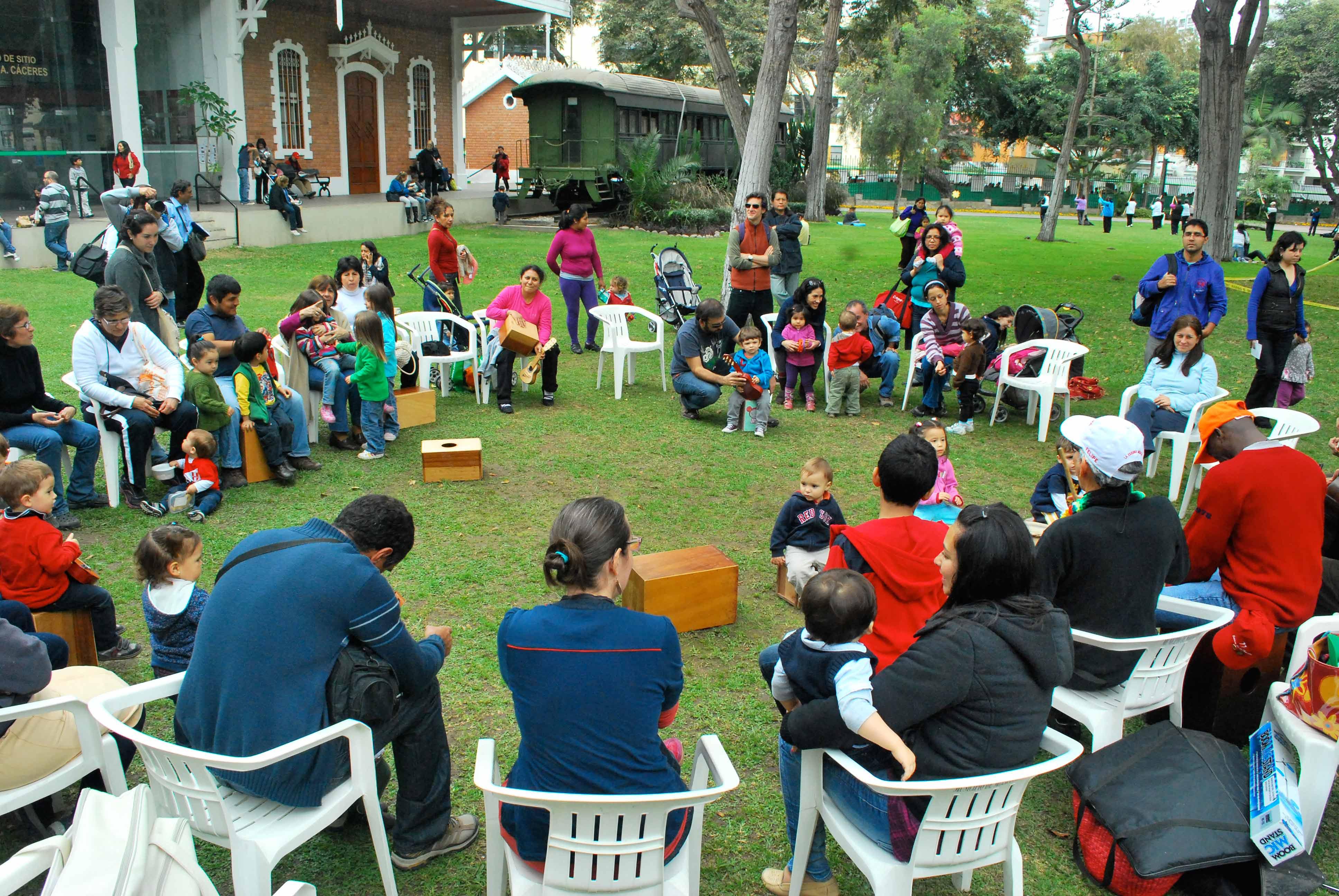 Esquina Musical no Parque Reducto em Lima