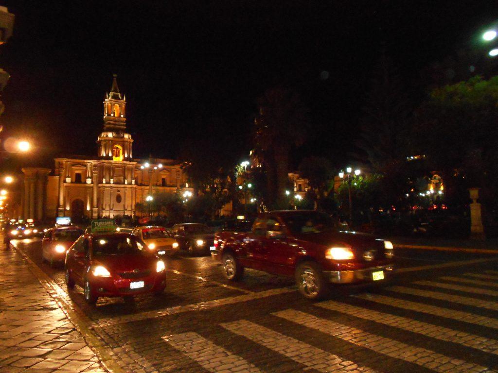 Catedral de Arequipa à noite