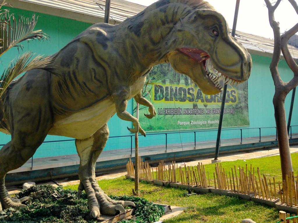 huachipa-dinossauro