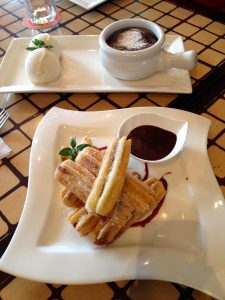 Sobremesas do cardápio do restaurante LA 73