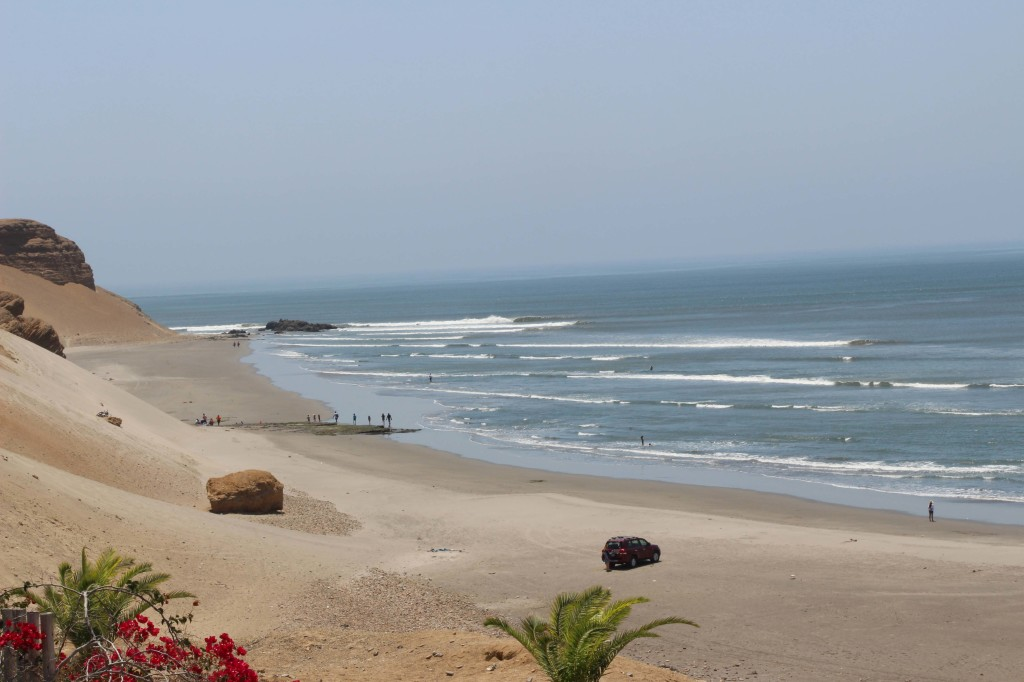 http://www.surftrips.com.br/surf_trip_destinos-peru-chicama.html