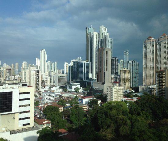 Uma cidade de contrastes e bem mais interessante do que se imagina. Vale a pena separar uns dias!