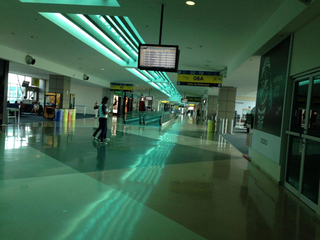 Aeroporto de Tocumen, na Cidade do Panamá: ótimo hub para o Caribe e conexões rápidas possíveis.
