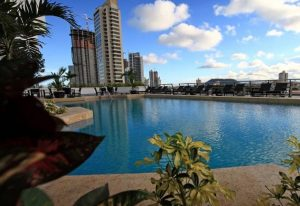 Piscina do Marriott Executive Panama City