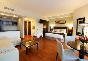 Quarto do hotel Marriott Executive Panama City