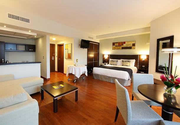 Quarto do hotel Marriott Executive Panama City
