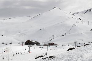 Valle Nevado com crianças.
