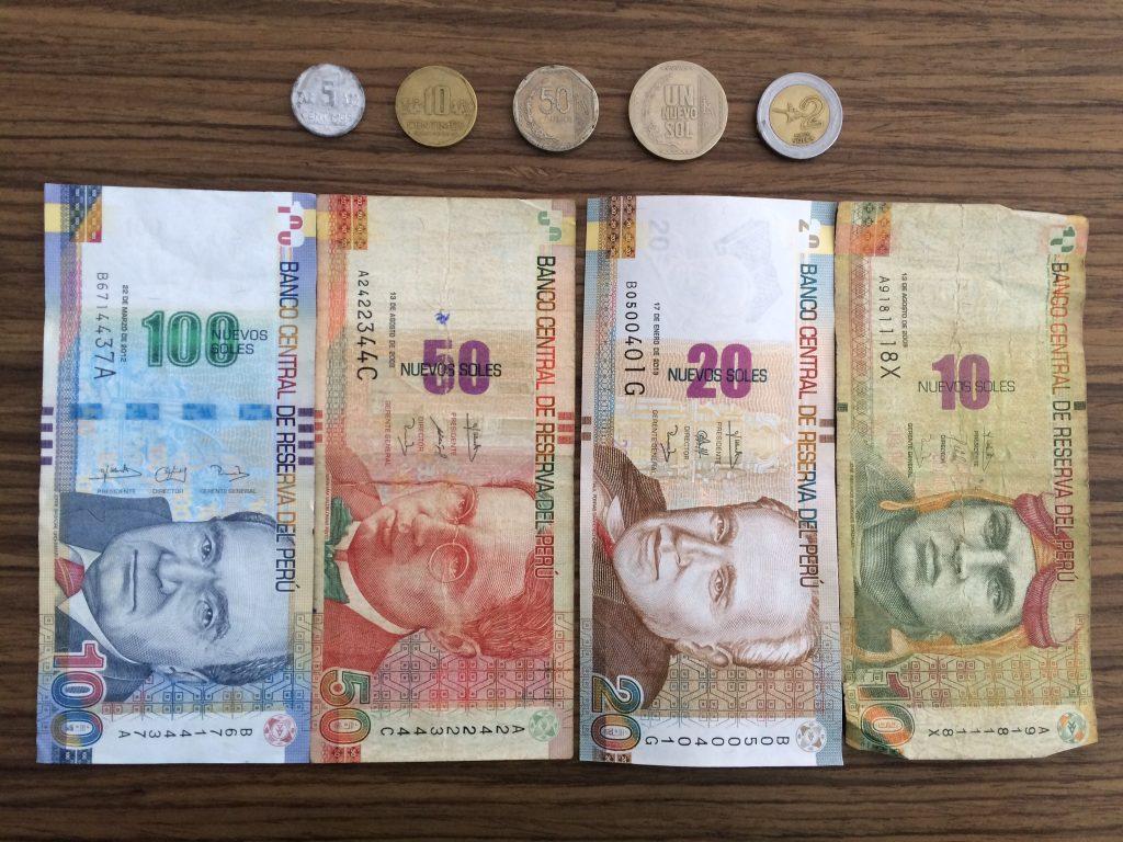 Dólar ou Real: Que moeda trazer para o Peru?