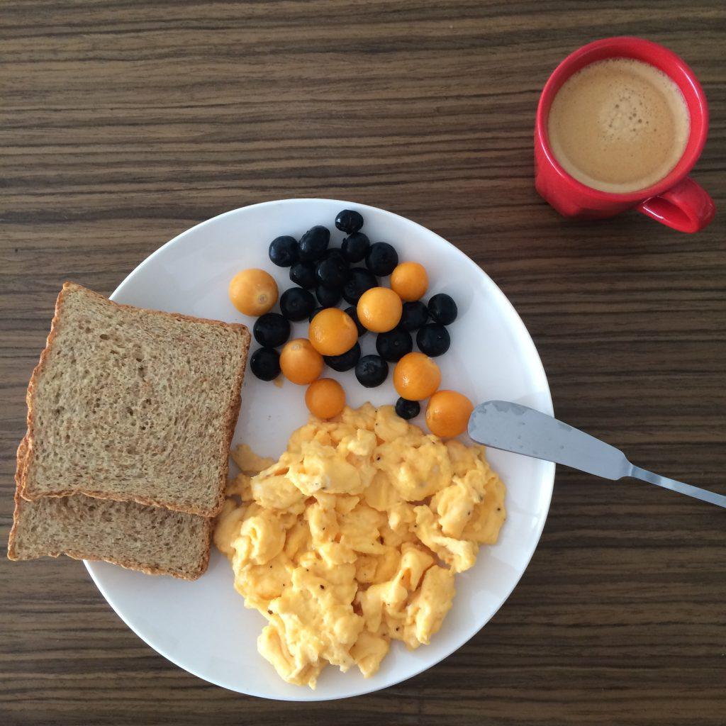 Meu café da manhã de (quase) todo dia